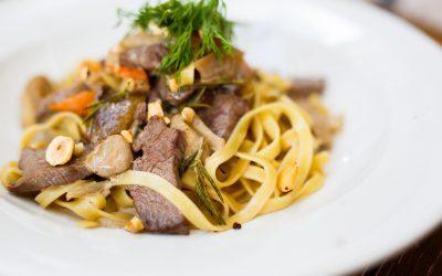 Rinderfilet mit Rosmarin-Nudeln und Pilzen Rezept